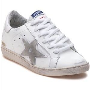 Size 9 Freebird by Steven 927 White Star Sneakers